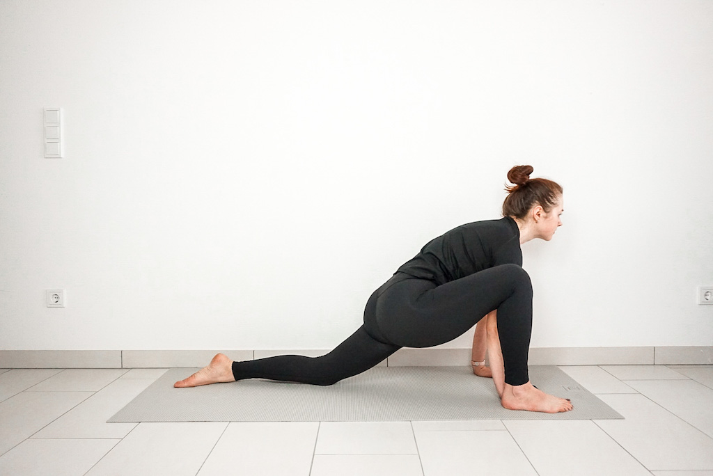 On The Go Wellness Chiropractor Miami 5 Yoga Poses to Alleviate and Prevent Back Pain
